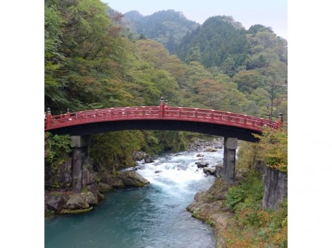 6941743-Shinkyo_Bridge-Nikko