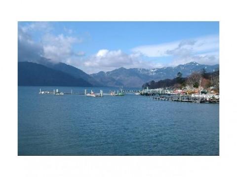 3092292-Lake_Chuzenji_ko_in_Nikko-Tochigi_ken